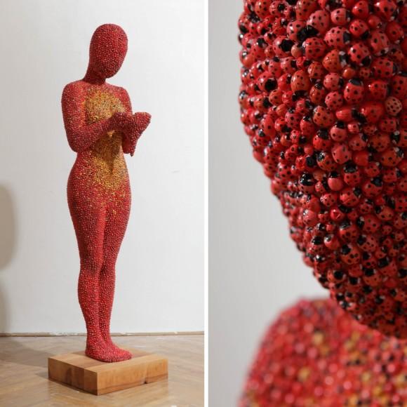 Gábor Fülöp- Ladybird, 2010, mixed media, private property, 150 x 40 x 45 cm, Photo-Sándor Benkő